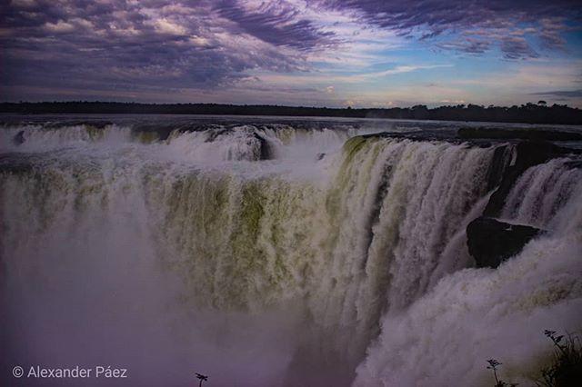 #Lacaida (una imagen de la garganta del diablo en #iguazu #argentina #landscape #wallpaper ) (1)